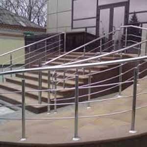 Леерная ограда на лестнице