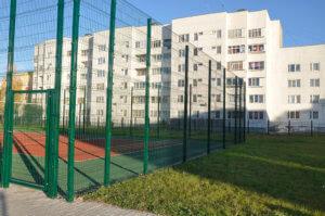 Забор для площадки из сварной сетки