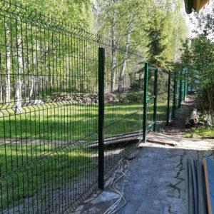 Забор 3д у леса