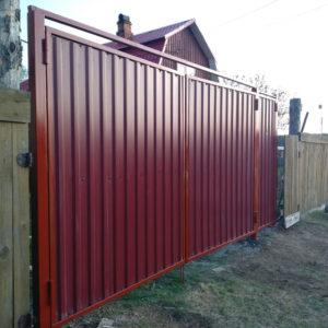 Ворота из профлиста красные