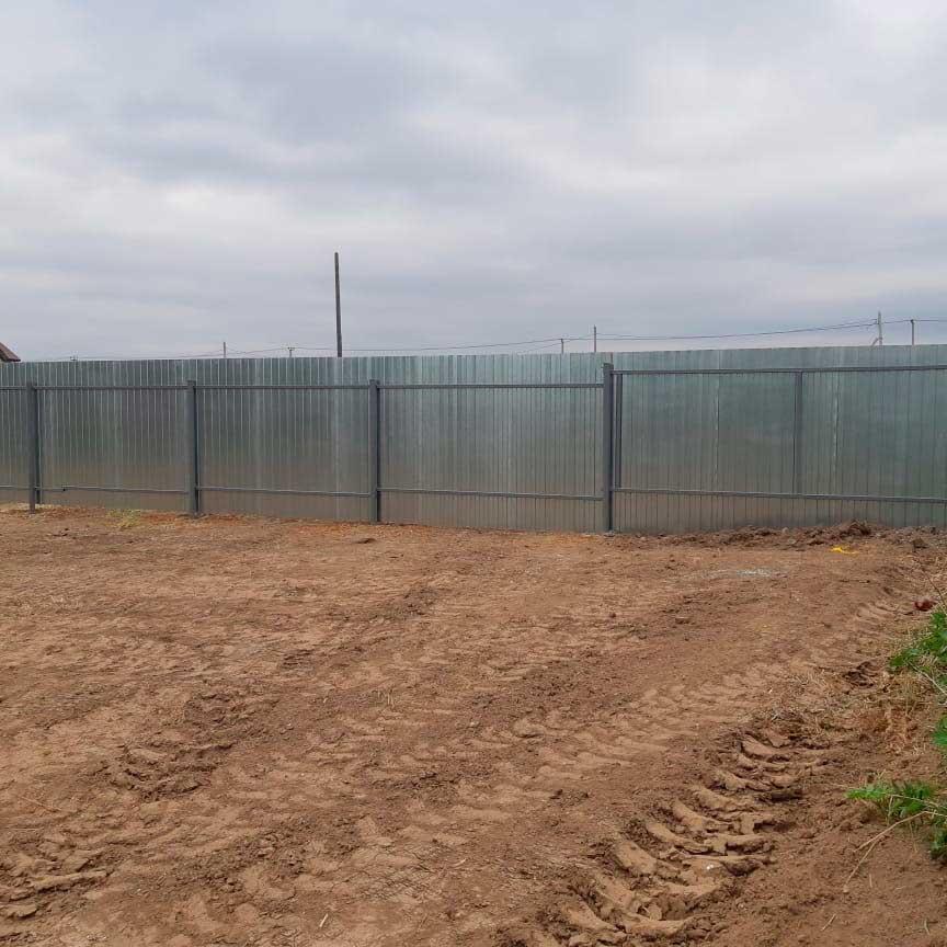 Забор из профлиста внутренняя сторона