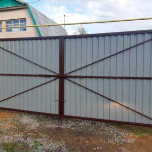 Ворота из профлиста внутренняя сторона