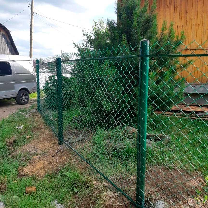 Забор из сетки рабица зеленый